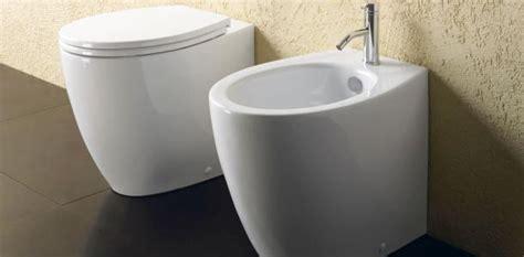sanitari per il bagno sanitari bagno bidet e vasi a terra e sospesi delle