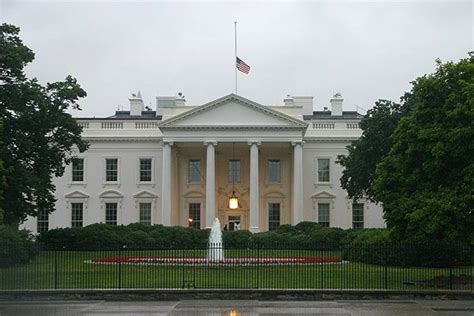 White House Flag Half Mast by Flags At Half Staff To Honor President Ford Millard