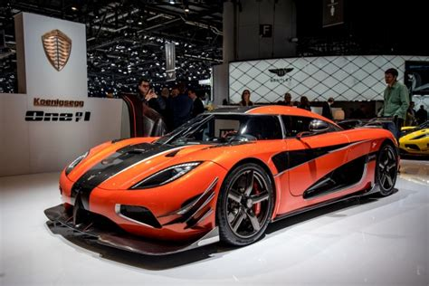 koenigsegg tron koenigsegg agera final presented at 2016 geneva motor show