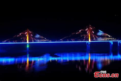 3d light show stunning 3d light show on chongqing bridge 3 5