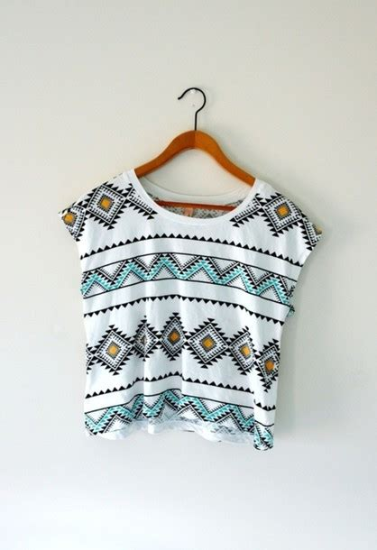 tribal pattern black and white shirt shirt tumblr aztec indie hipster crop tops summer t