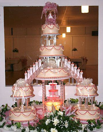 quincea 241 era cakes you can t resist traditional quince