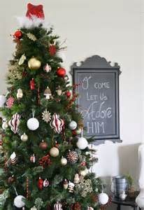 pictures on how to decorate for christmas without a tree