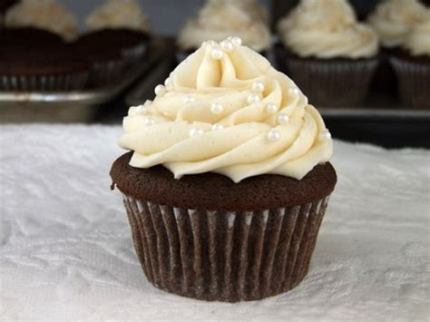best wedding shower cupcake recipes how to make wedding cupcakes recipe