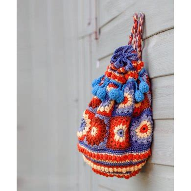 crochet overnight bag pattern crochet duffle bag crochet pattern by sue maton