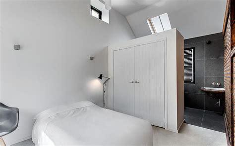 creative room dividers   space savvy  trendy bedroom