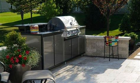 outdoor prefab kitchen bar lovely 17 best images about challenger outdoor kitchen packages on ovens charcoal grill