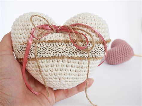 free crochet pattern heart pillow crochet heart ring pillow free pattern mallooknits com