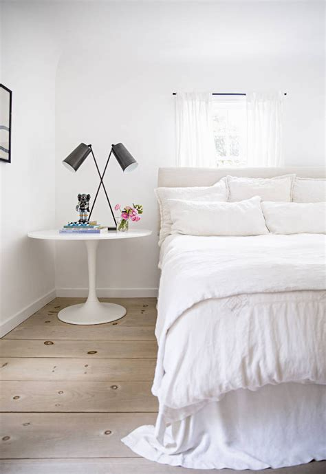 all white bedding 20 ways to make a bed centsational style