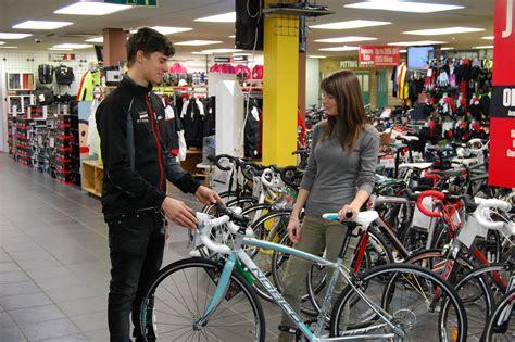 buy cycling how to buy a women s road bike total women