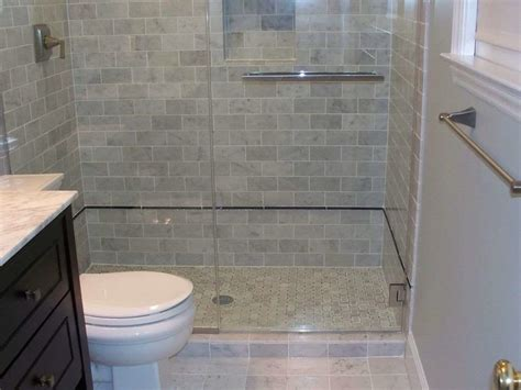 costo piastrelle bagno costo piastrelle bagno awesome coprire le piastrelle