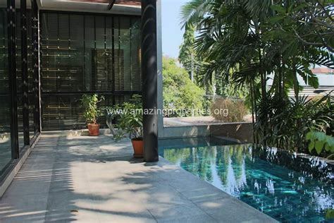 3 bedroom house private rent ekkamai 3 bedroom house with private pool for rent amazing properties