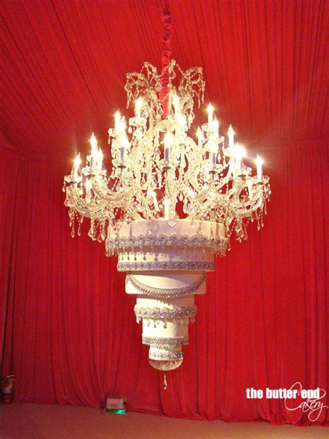 cake chandelier cuoco s chandelier cake the butter end cakery