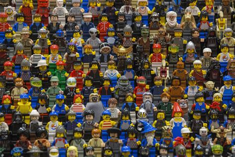 fans of lego lego figures are trademarked eu court