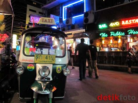 Cacing Tulungagung jalan jalan malam di shukumvit bangkok budi utomo