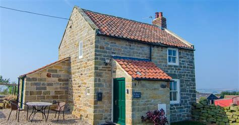 Bolthole Cottage Whitby by Travel Review Cottage With Moor To Offer Than Whitby