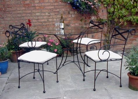 Iron Furniture Make The Best Out Of Wrought Iron Furniture For Interiors