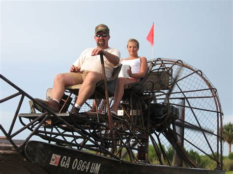 airboat in ta the fudds all 3 of em southern airboat picture