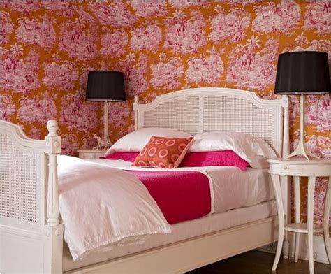 pink and orange bedroom decorating with analogous color centsational