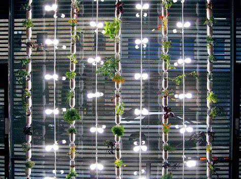 Vertical Window Garden Windowfarms Unveils New Garden Kits That Grow Up To 32