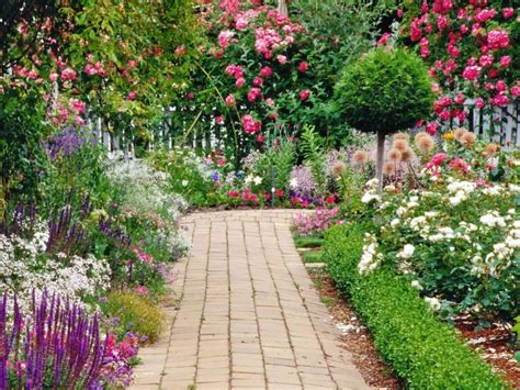 Beautiful Home Flower Gardens Beautiful Gardens Ideas