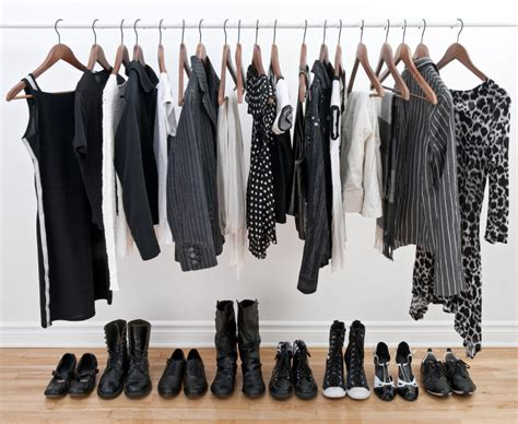 Project 333 Wardrobe List by Top 10 Reasons Why Today Is The Best Day To Declutter Your Closet
