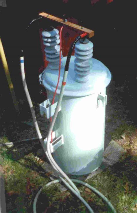 capacitor discharge through a coil tesla2