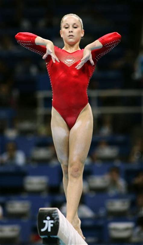 gymnastics carly patterson gymnast carly patterson s favorite color is green
