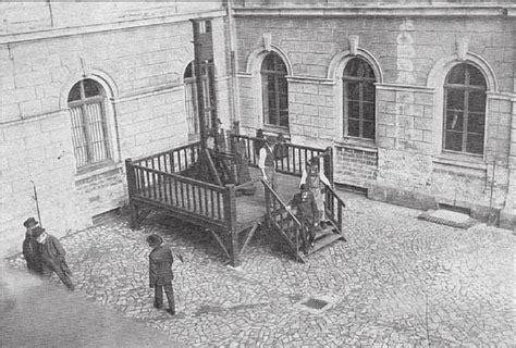 consolato germania roma fallbeil the teutonic guillotine