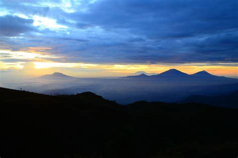 filepemandangan  puncak gunung prau dieng wonosobo