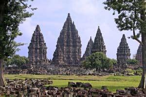 Prambanan Coklat objek wisata di indonesia brekeletwo s