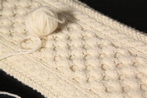 knit blogs 5 beginner cable knit scarf patterns