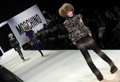 Moschino Cheap Chic 2009 From Milan Fashion Week by неделя моды в милане фотообзор часть первая интернет