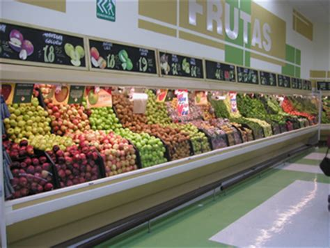 q store fruit fresh produce displays images