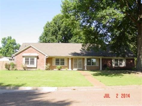 houses for sale in southaven ms 8041 canterbury dr southaven ms 38671 reo home details reo properties and bank