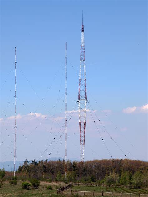 Antena Radio File Radio Transmitter Antena At Vakarel Jpg Wikimedia