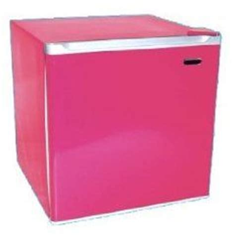 hot pink kitchen appliances 17 best images about hot pink appliances on pinterest