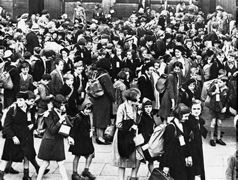 evacuation world war ii the evacuation of children from liverpool liverpool blitz 70