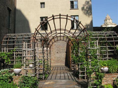 giardini medievali torino i giardini medievali e borgo