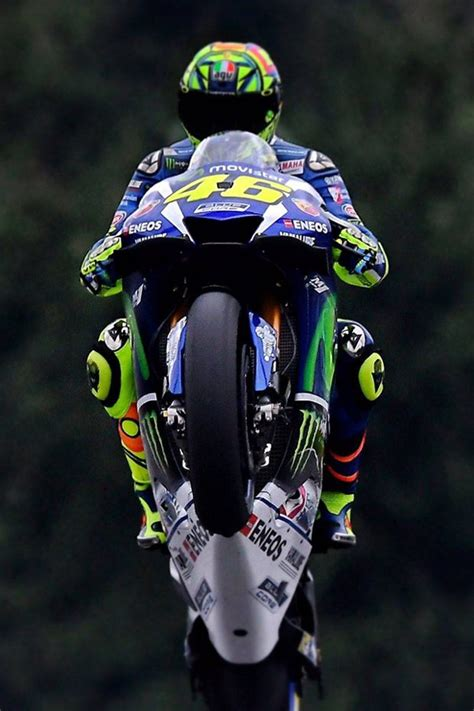 themes blackberry valentino rossi download valentino rossi 46 wallpapers to your cell phone