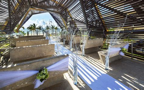 royalton riviera cancun oceanview wedding chapel
