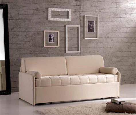 divano letto in ecopelle alta letto o divano letto in tessuto o ecopelle di qualit 224 a