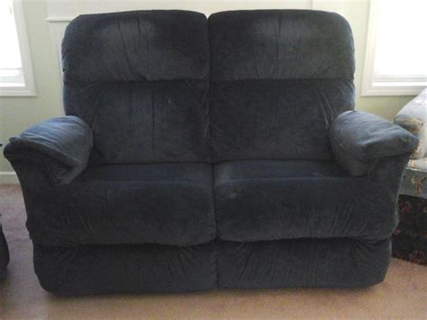 Lazy Boy Recliner Loveseat by Lazy Boy Loveseat Recliner Qualicum Nanaimo