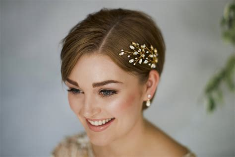 Wedding Hair Accessories How To Make by How To Style Wedding Hair Accessories With Hair