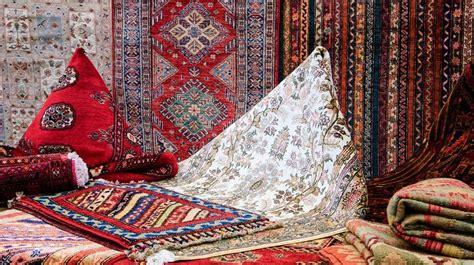 pulire i tappeti persiani in casa come pulire le frange dei tappeti persiani 6 rimedi