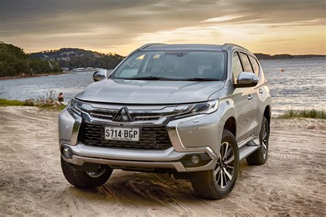 mitsubishi new sports car new pajero sport 4x4 suv introducing mitsubishi s