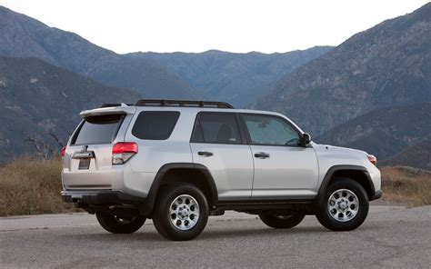 2011 Toyota 4 Runner 2011 Toyota 4runner Reviews And Rating Motor Trend