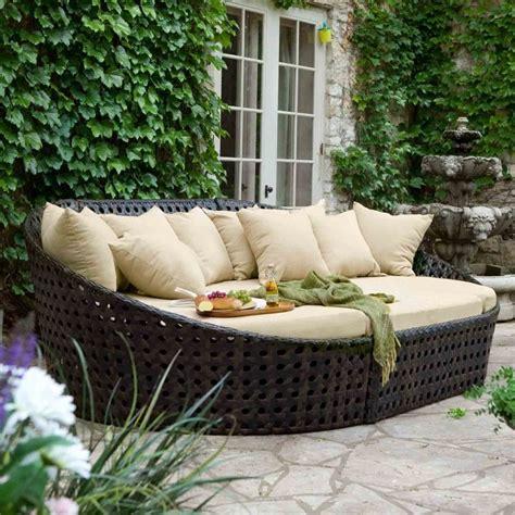 cuscini per divani da giardino set da giardino 24 idee comode e di tendenza per arredare
