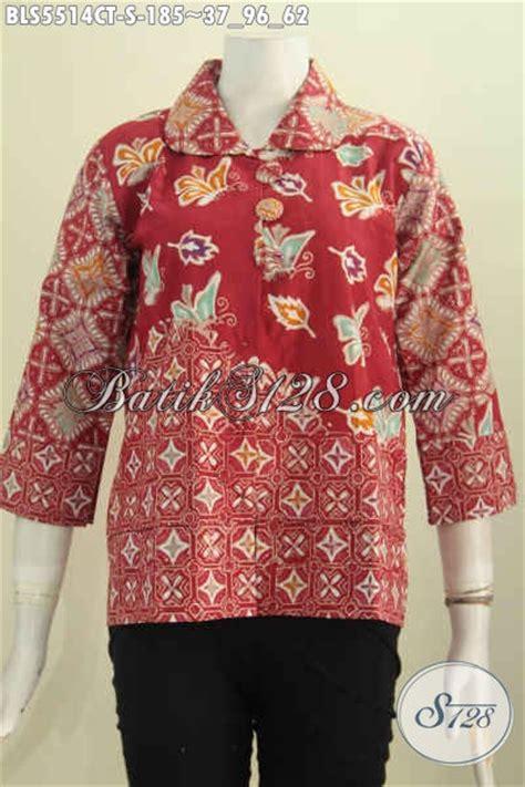 desain baju batik santai baju blus batik modis hadir dengan desain kerah bulat