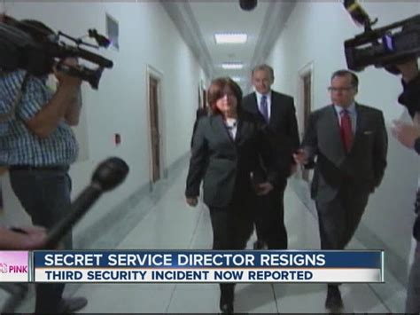 current events secret service dir julia pierson resigns secret service director julia pierson resigns amid